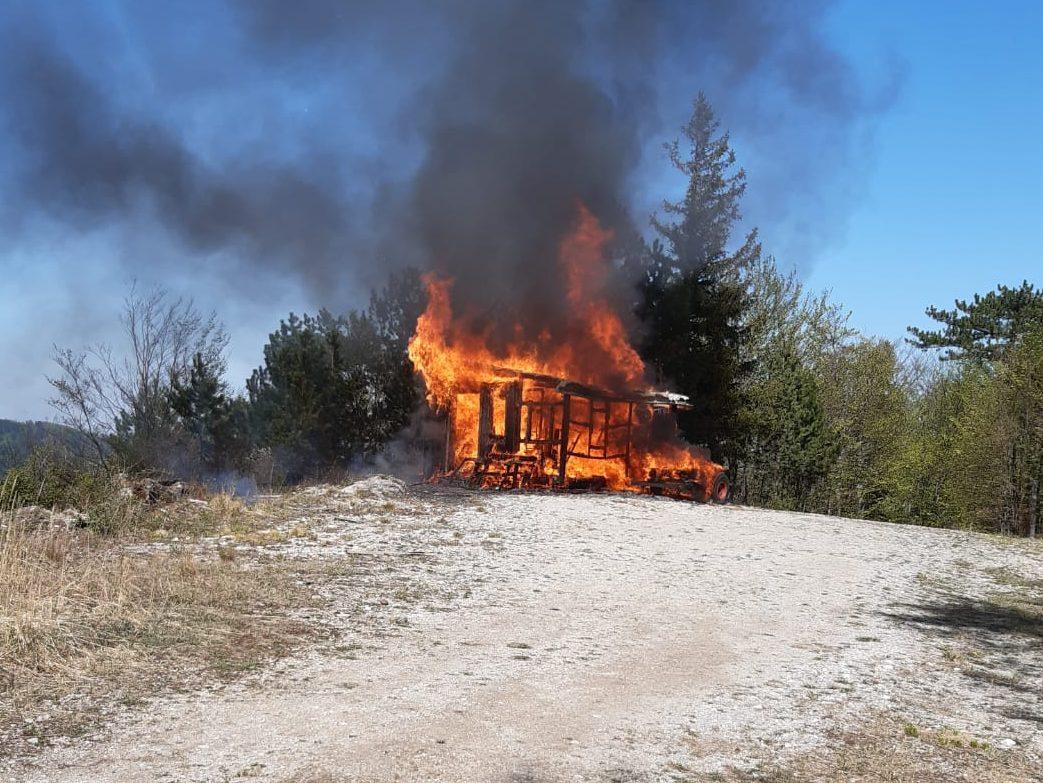 Brand einer Jagdhütte